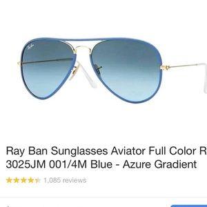 Blue aviator ray bans
